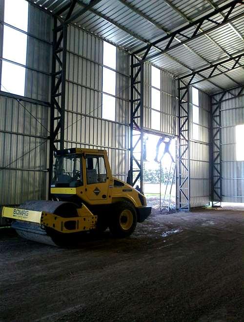 Fabrica de galpones y pisos industriales 450 agroads for Fabrica de pisos