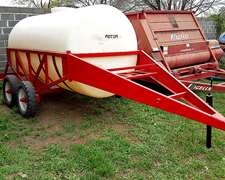 Acoplado Tanque Plastico Rotor De 6700 Lts Con Balancin