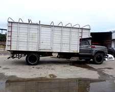 Camion Cerealero Con Motor Mercedes 1114