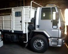 Camión Ford Cargo 1832 Cabina Simple