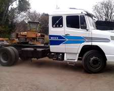 Mercedes Benz Tractor 1633