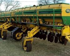 Excelente Fertilizador Sr. 31 Discos A 35 Cm