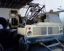 Grúa Articulada Sobre Camión 6x6 12 T.n.