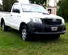 Toyota Hilux Cab Simple 4x2