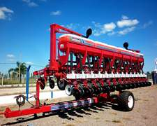 Sembradora Monumental Autotrailer Con Fertilizacion Simple