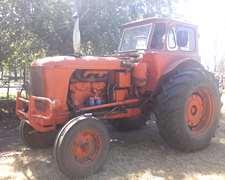 - Tractor Fiat 780