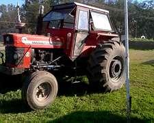 Massey Ferguson 1098 Con Cubiertas Patonas