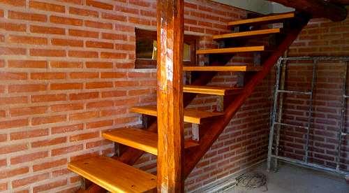 Escaleras de madera tecnotech constructora agroads cod 313454 - Escaleras de madera rusticas ...